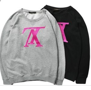 Tops - Lv embroidered sweatshirt